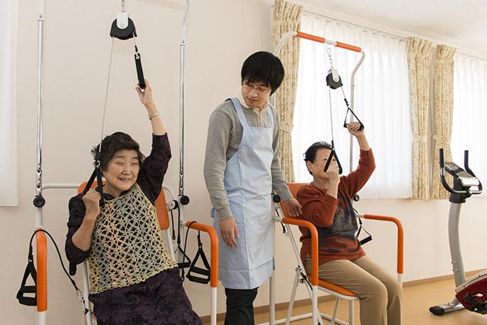 リハビリ用器具を活用した、QOL(生活の質)の向上に努めます。